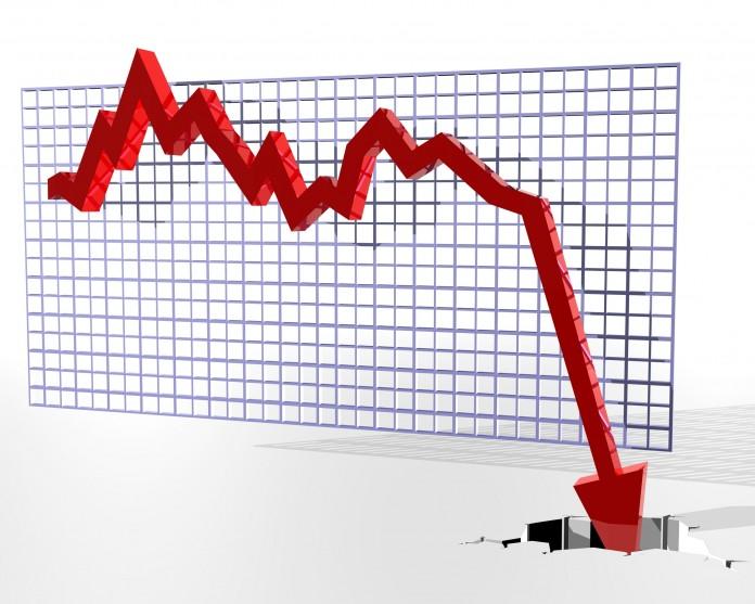 Economy-reccesion-696x557